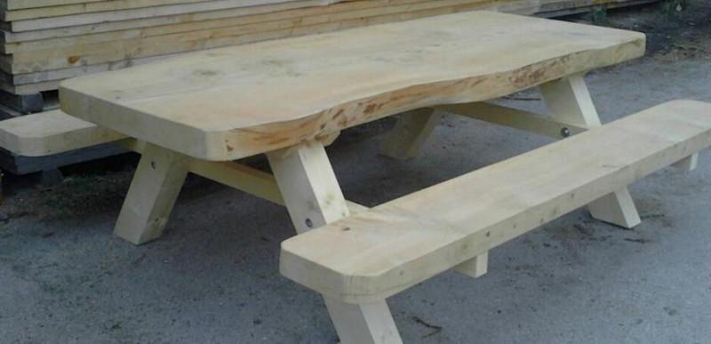 Tavolo e panca cedro